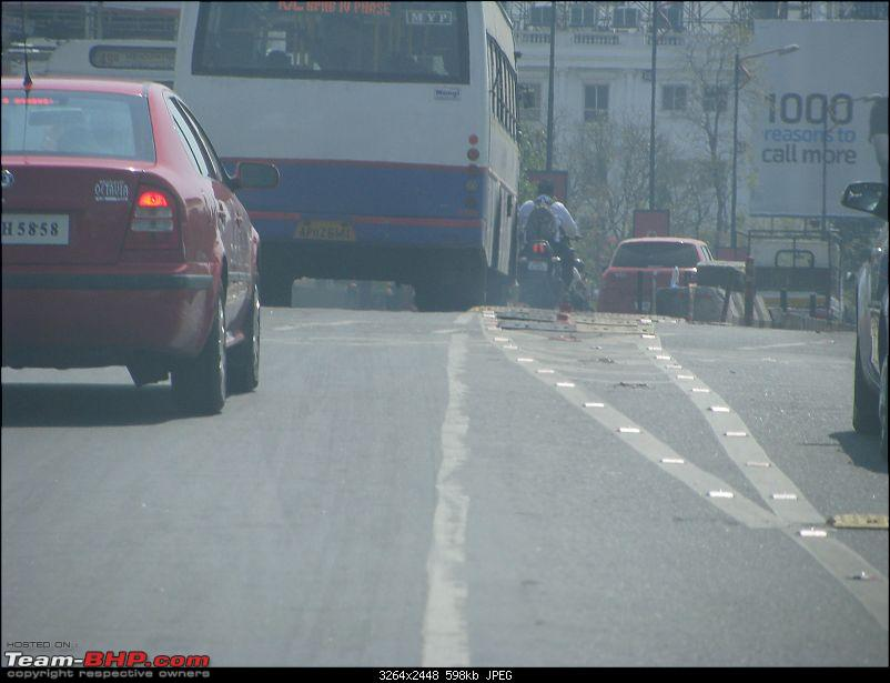 Road Dividers - A major cause of accidents-all-pictures-1453.jpg