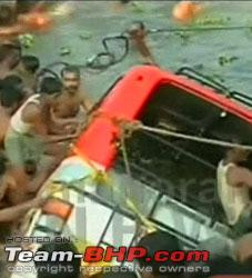 Name:  3446800217_bus_accident_1.jpg Views: 4611 Size:  16.2 KB