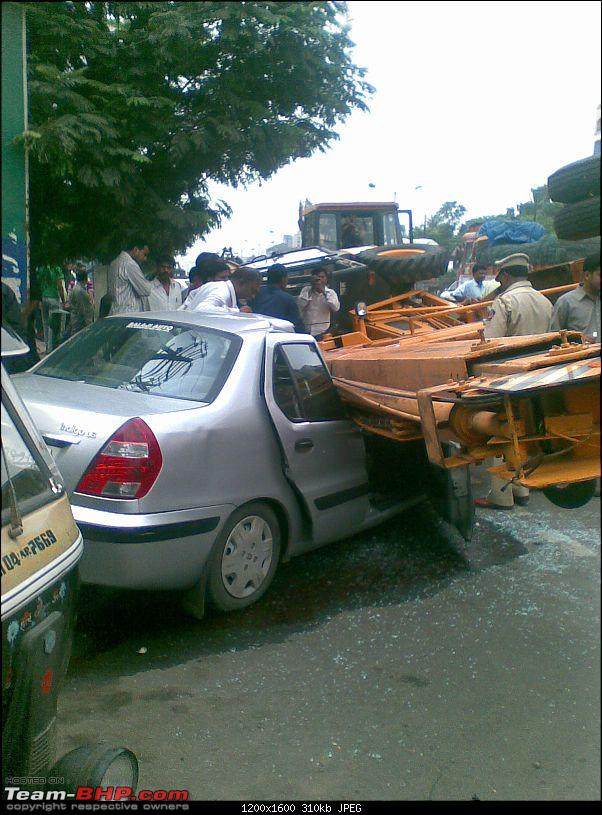 Pics: Accidents in India-acc.jpg