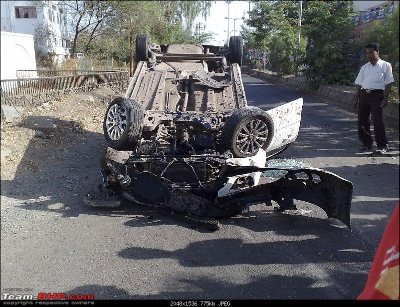 Pics: Accidents in India-29032009189.jpg