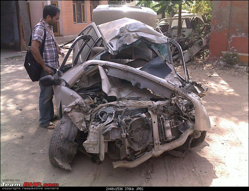 Pics: Accidents in India-10042010044.jpg