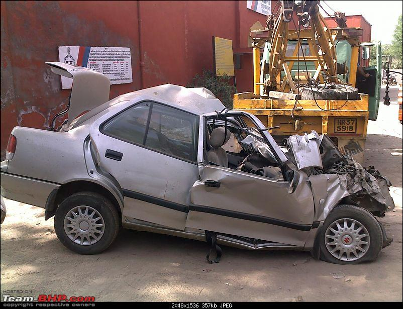 Pics: Accidents in India-10042010046.jpg