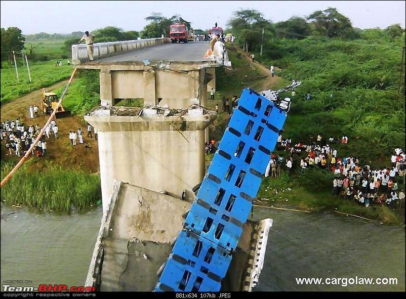 Pics: Accidents in India-disaster2009.india.bridge7.jpg