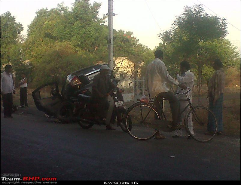 Pics: Accidents in India-img00003201005160641.jpg