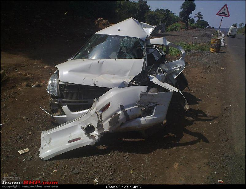 Pics: Accidents in India-05112010448.jpg