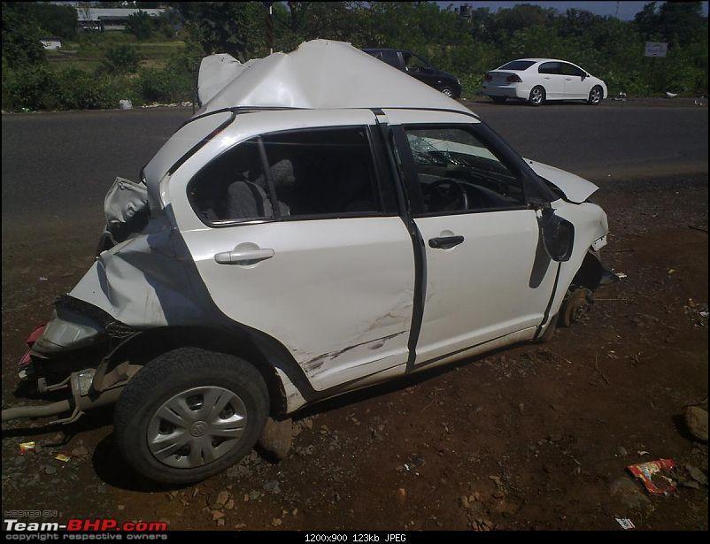 Pics: Accidents in India-05112010450.jpg