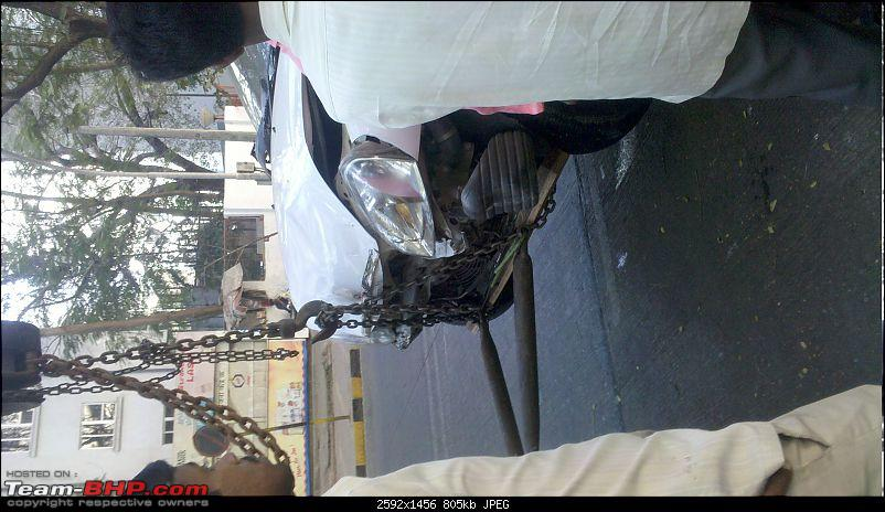Pics: Accidents in India-20110122_161104_242_mumbai.jpg