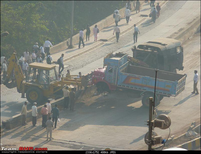 Pics: Accidents in India-p105011380.2.jpg