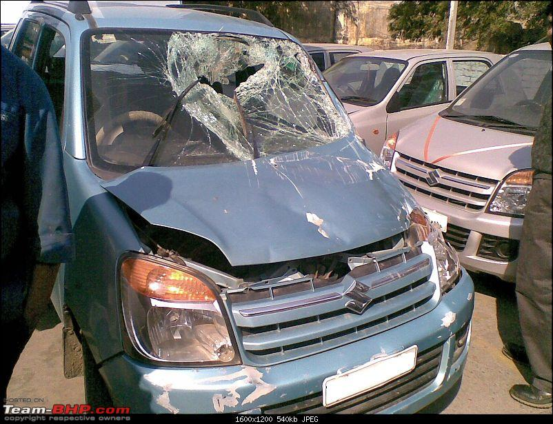 Pics: Accidents in India-175685_1584468172071_1246740360_31246535_5404805_o.jpg
