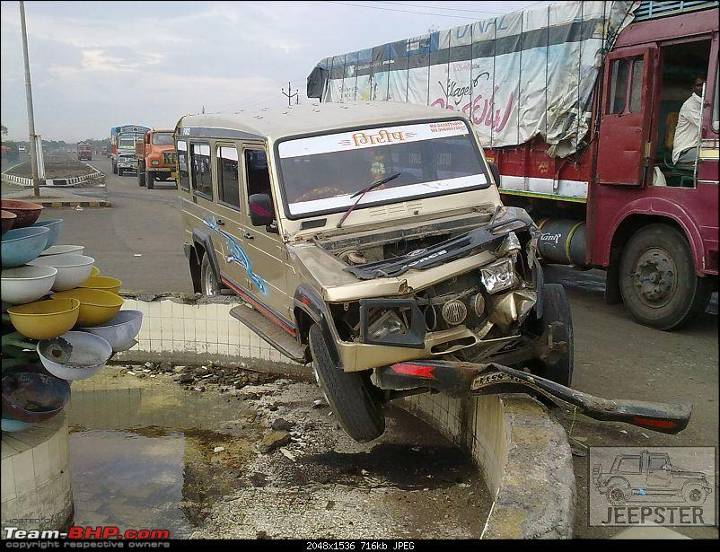 Pics: Accidents in India-03062011048.jpg