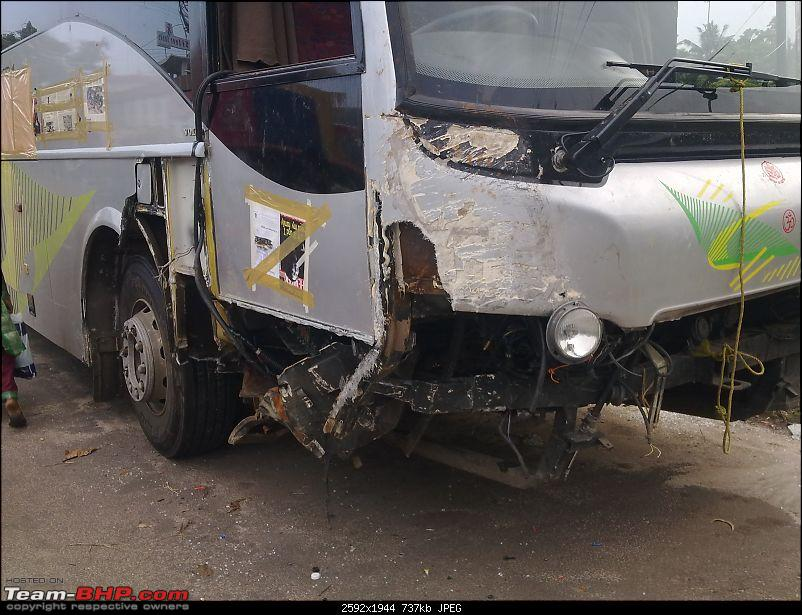 Pics: Accidents in India-18062011033.jpg