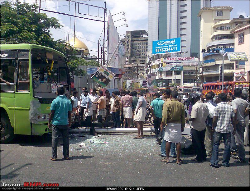 Pics: Accidents in India-image101.jpg