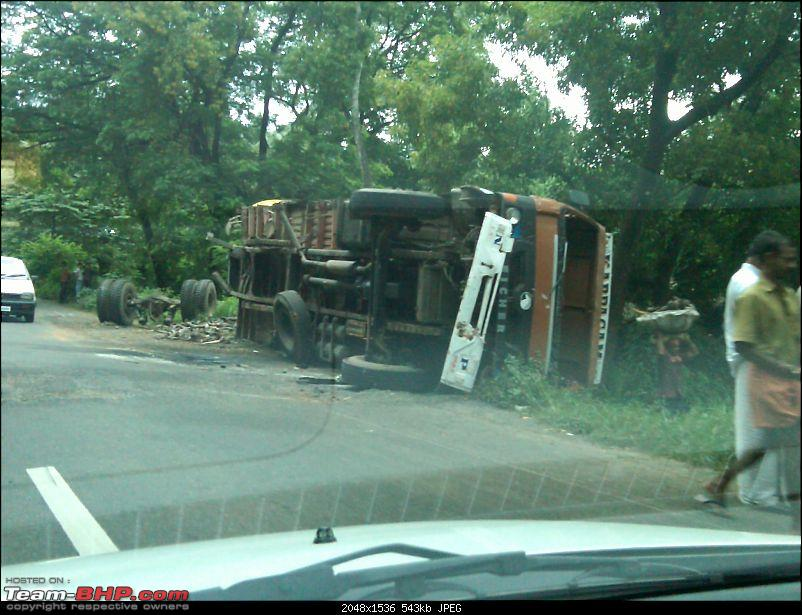 Pics: Accidents in India-img00785201108161649.jpg