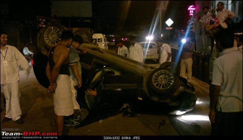 Pics: Accidents in India-25082011042.jpg