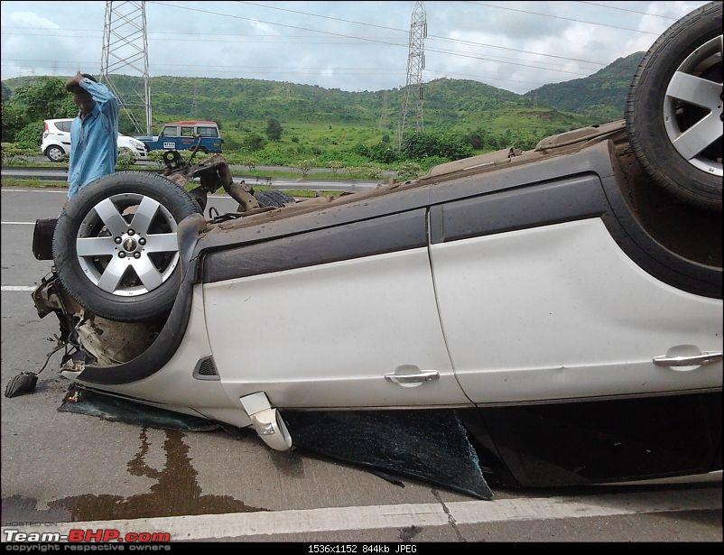 Driver ignorant of how ABS works; Turns Chevy Captiva upside down-20110914-10.50.24.jpg