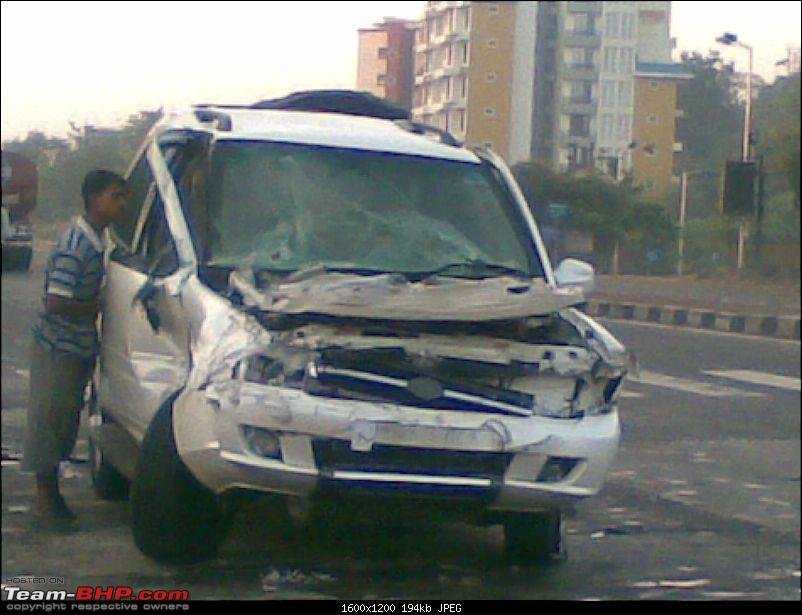 Pics: Accidents in India-01112008.jpg