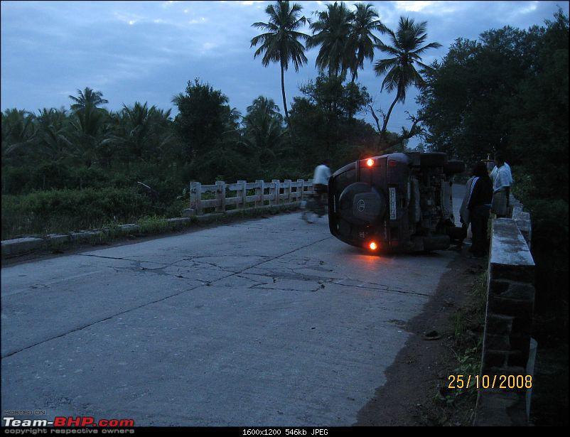Safari accident : Toppled-img_1381.jpg