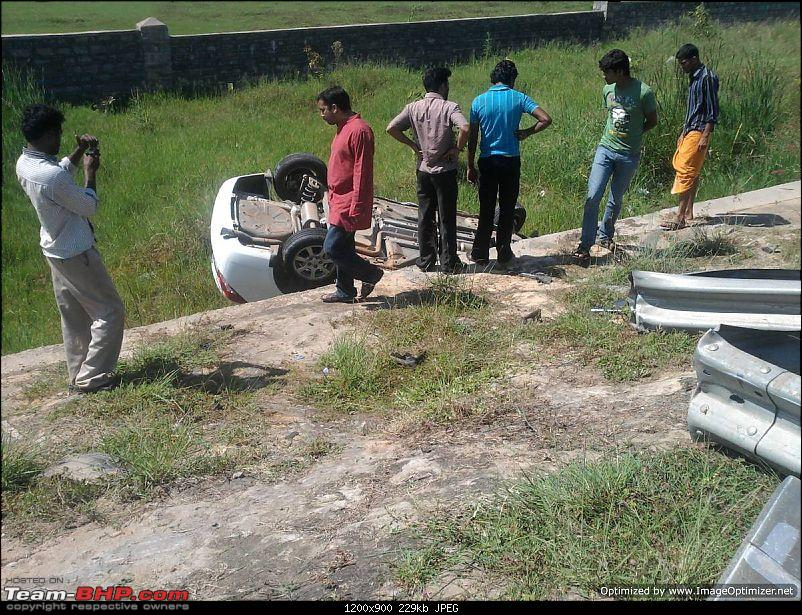 Pics: Accidents in India-accident_cruze3.jpg