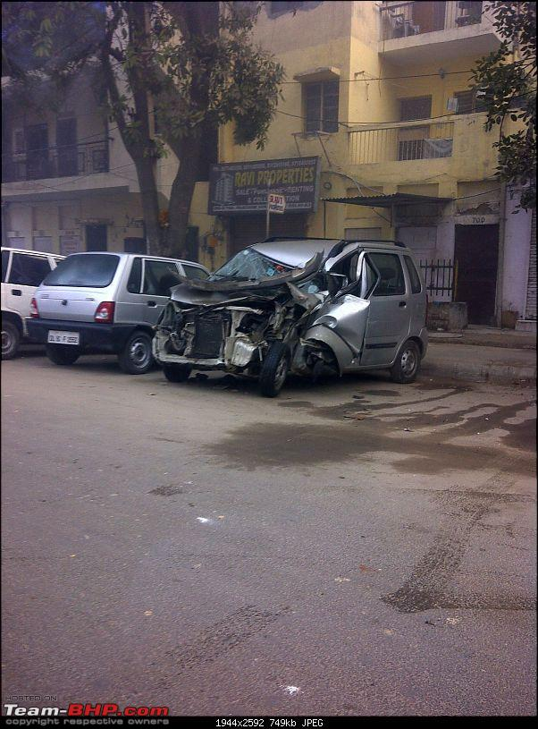 Pics: Accidents in India-img2011122800167.jpg