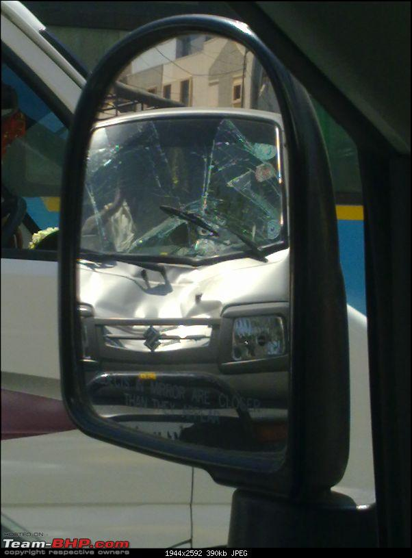 Pics: Accidents in India-18022012123.jpg