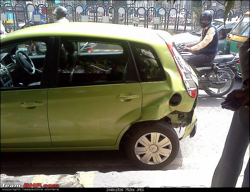 My Ford Figo rammed from behind by a police jeep!-img148.jpg