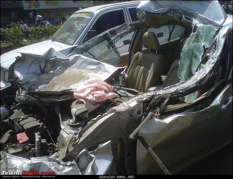Pics: Accidents in India-img2012042900144.jpg