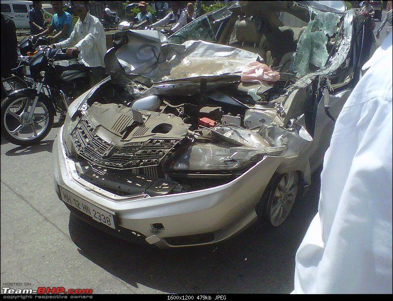 Pics: Accidents in India-img2012042900141.jpg