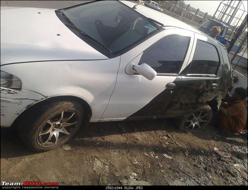 Small Accident due to suspected suspension rod-end failure-19012009753.jpg