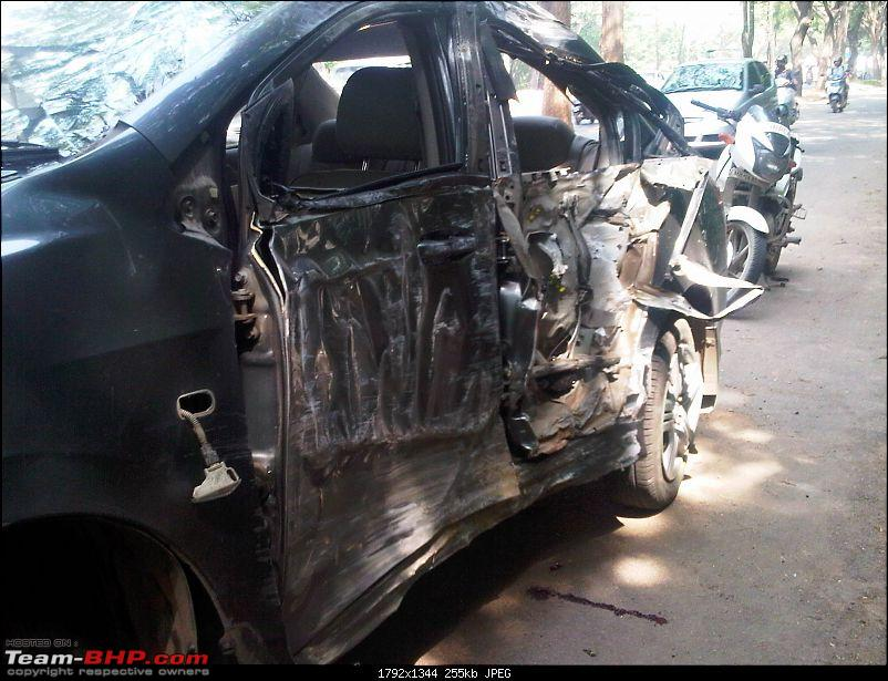 Pics: Accidents in India-img00124201205240953-2.jpg