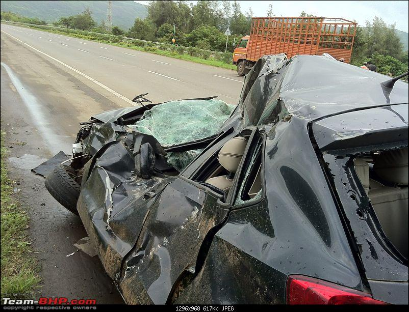 God saved me on the Mumbai-Pune Expressway (in a VW Polo)-back-side.jpg