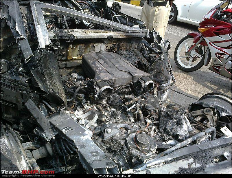 Audi R8 catches fire in Mumbai! EDIT: A few more - page 9-270120132897.jpg