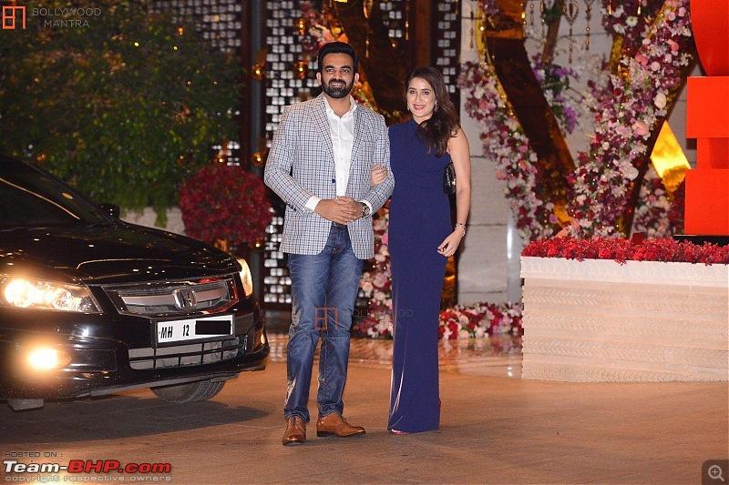 Cricket Stars and their cars-zaheerkhan_sagarikaghatge__1050990.jpg