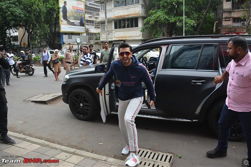 Bollywood Stars and their Cars-ranveer-singh-spotted-jack-n-jones-store-santacruz-8th-aug-2018-4_5b6be3eadcaf3.jpg