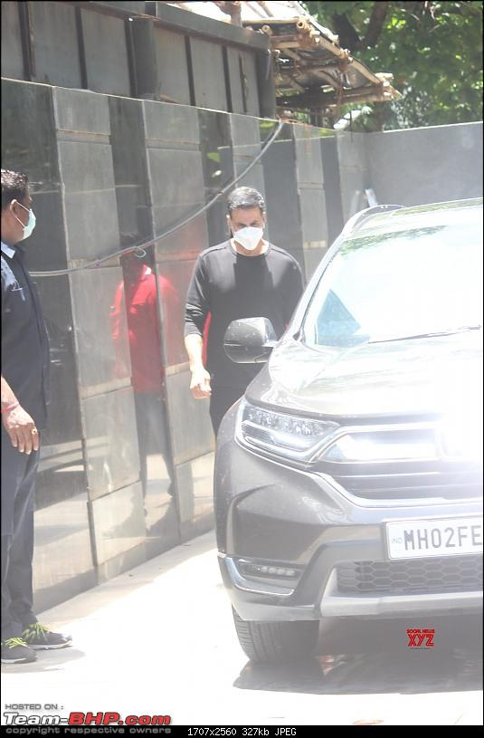 Bollywood Stars and their Cars-akshaykumarbhagnanisofficeinjuhu.jpeg