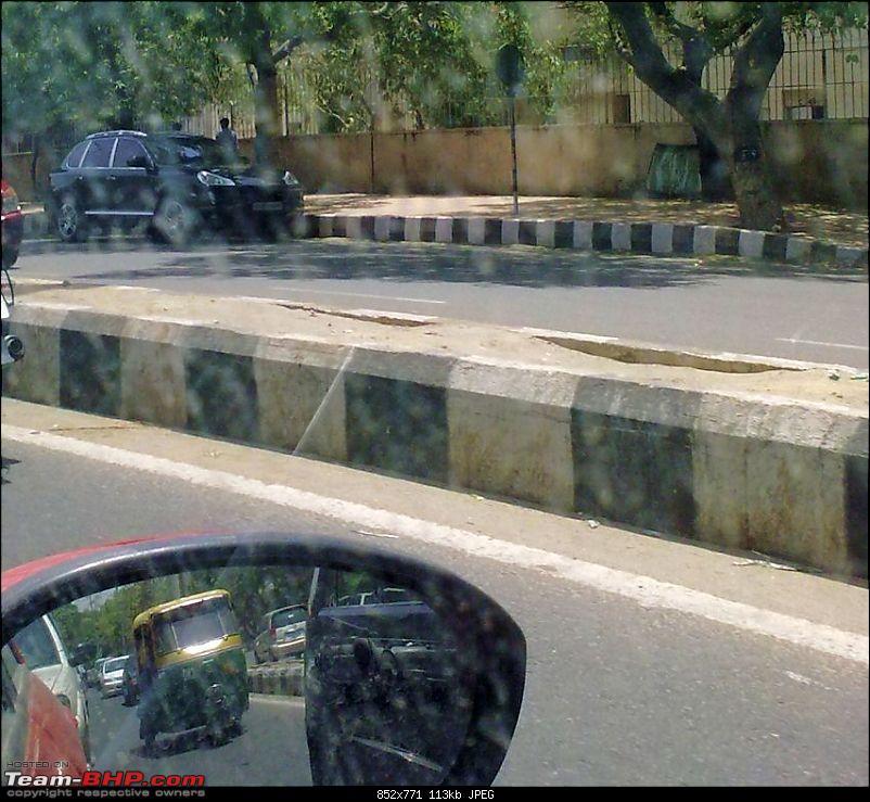 Supercars & Imports : Delhi-cayenne_s.jpg