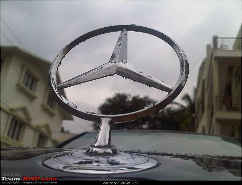 My first gift to myself for the new year's eve! A Mercedes W126..-img00352201008151400.jpg