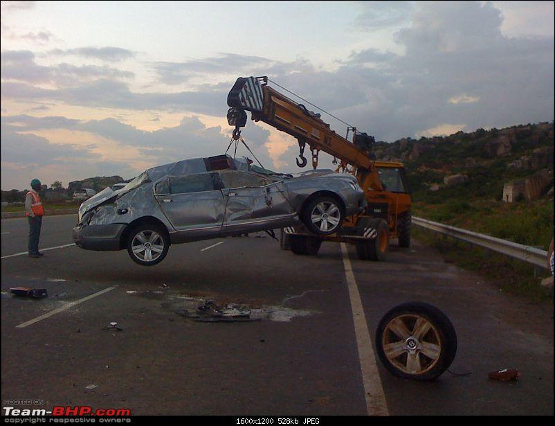 Supercar & Import Crashes in India-img00042201009021800.jpg