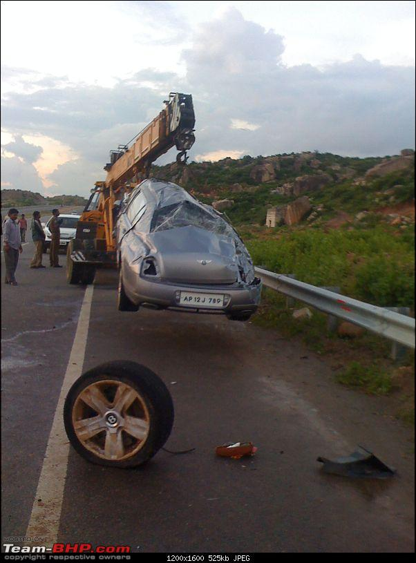 Supercar & Import Crashes in India-img00044201009021800.jpg