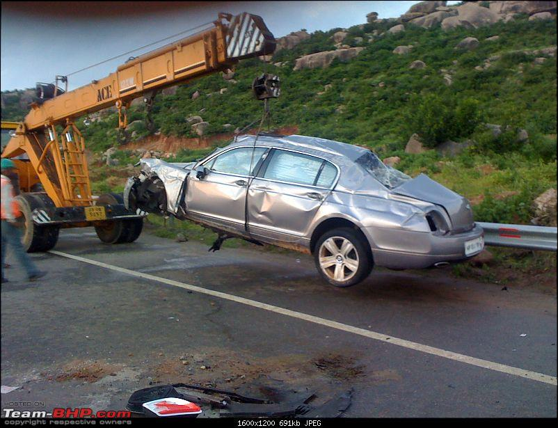 Supercar & Import Crashes in India-img00046201009021800.jpg