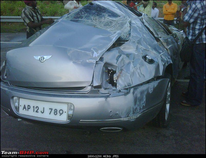 Supercar & Import Crashes in India-img00052201009021818.jpg