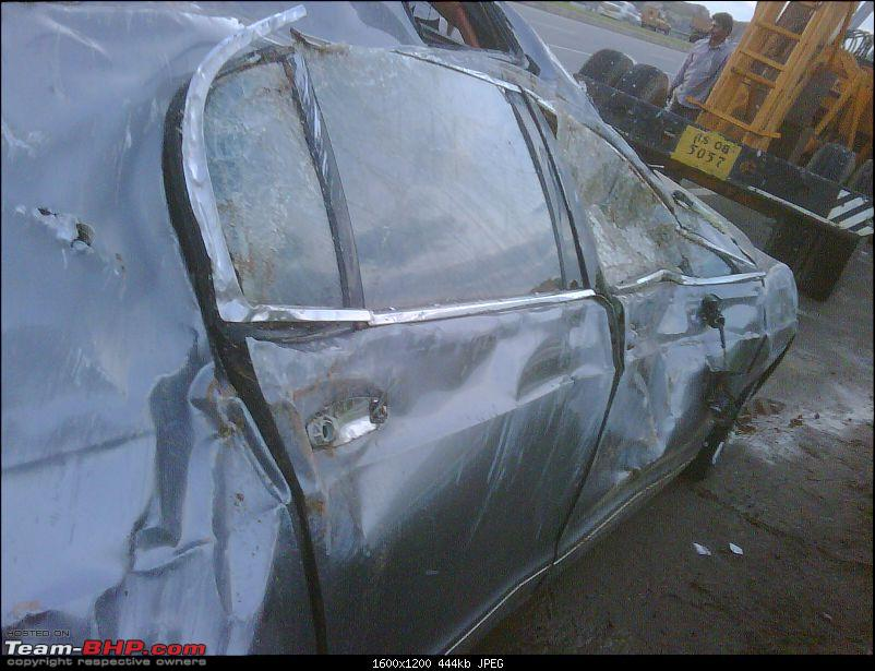 Supercar & Import Crashes in India-img00054201009021828.jpg