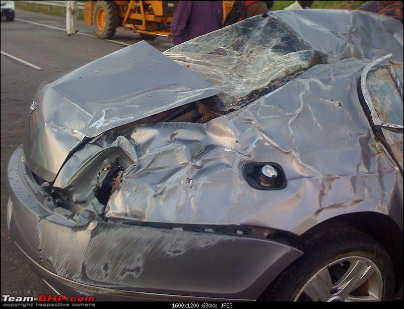 Supercar & Import Crashes in India-img00056201009021800.jpg