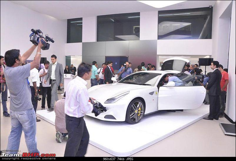 Ferrari has launched the FF in India on 31st Oct `11 - Rs 3.43 crore-296550_10150438106091970_24712846969_10718557_1973045299_n.jpg