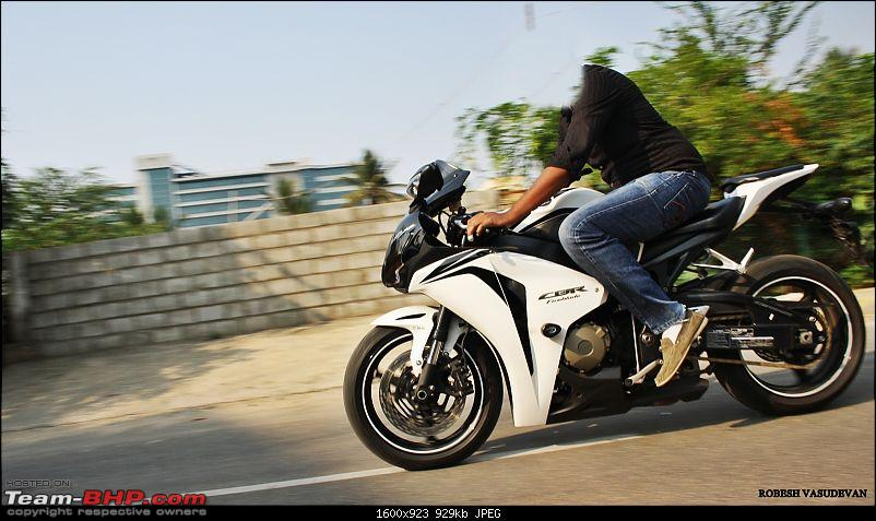 Superbikes spotted in India-img_2167.jpg