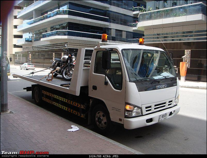 Triumph Bonneville - My New Ride in Dubai. EDIT - Now in Bangalore, India.-dsc01895a.jpg