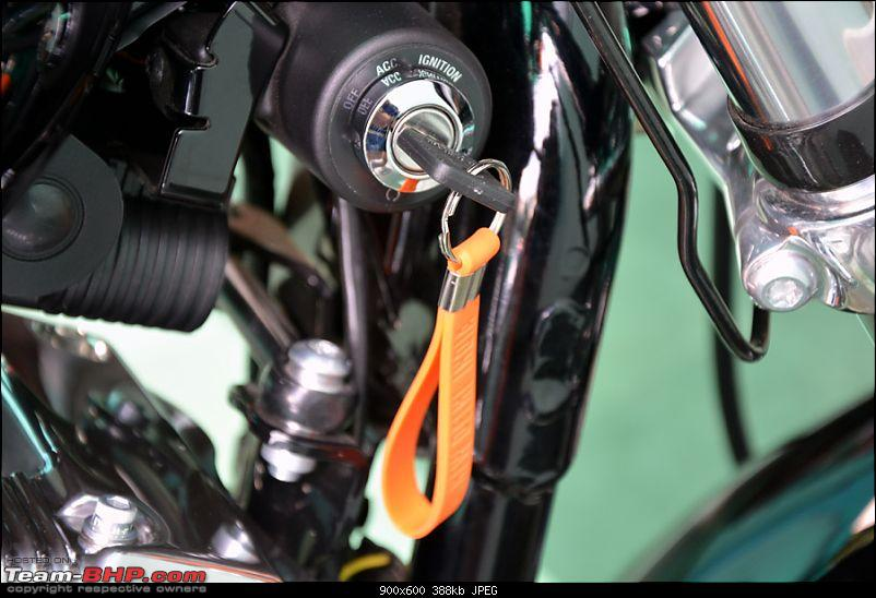 Harley Davidson Superlow XL883L - The Comprehensive Review-26_ignition-switch.jpg