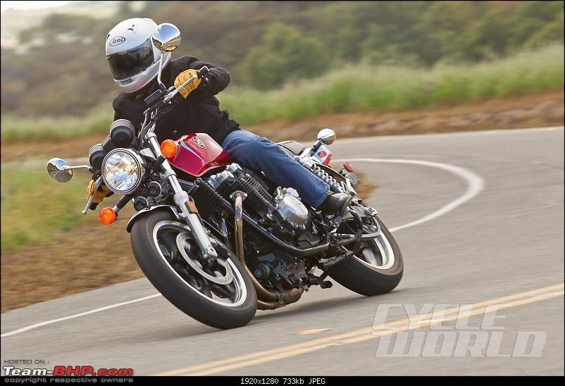 Big, retro naked / semi-faired bikes from Honda-2013hondacb1100action_003.jpg