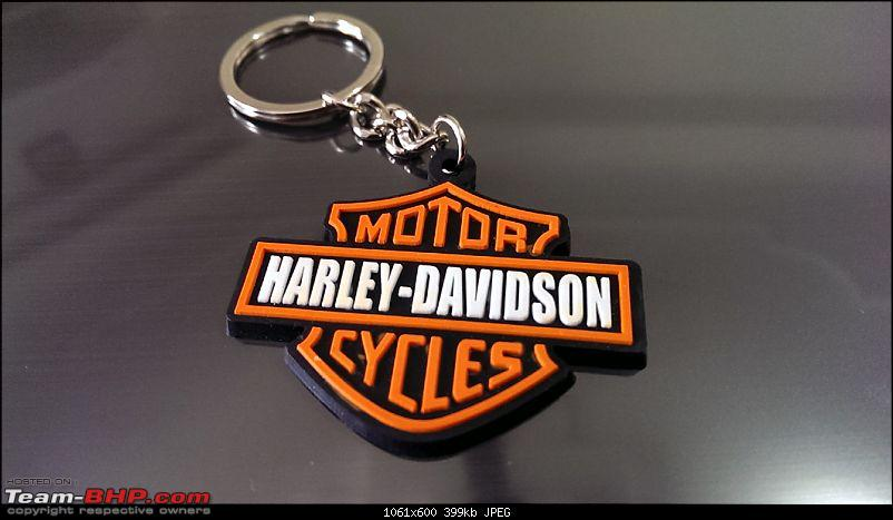 Harley Davidson Superlow XL883L - The Comprehensive Review-harley-logo-rubber-keychain_1.jpg