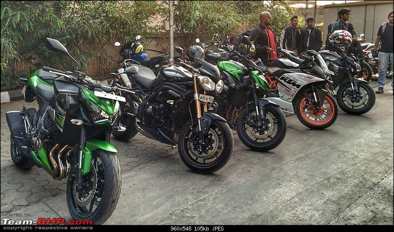 The Triumph Speed Triple burbles my socks off!-4.jpg