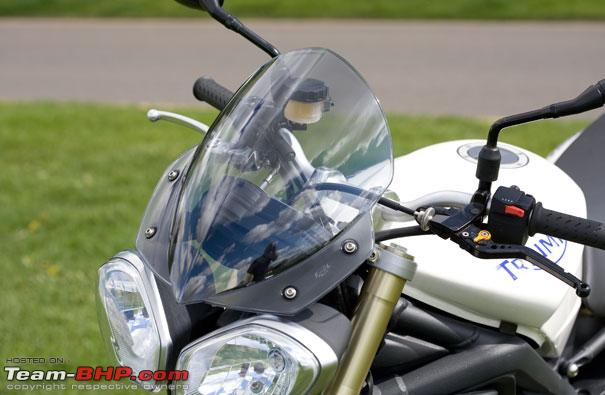 Name:  streettriple675rdartmantaflyscreen.angularheadlights422034p.jpg